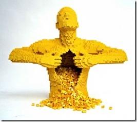 pixel sculpture lego Nathan Sawaya