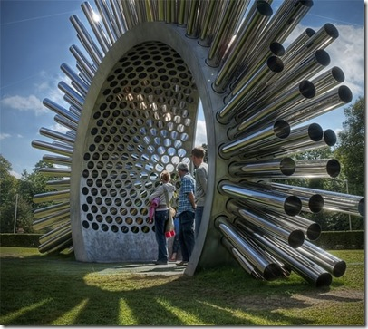 Harpe-éolienne géante Luke-Jerram