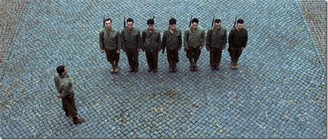 Plongée, Inglorious Basterds réalisé par Quentin Tarantino