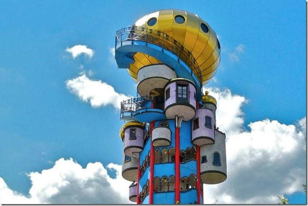 Hundertwasser_La tour de Kuchlbauer