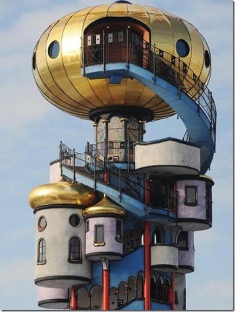 Hundertwasser_La tour de Kuchlbauer 2