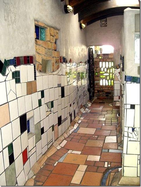 toilettes publiques Hundertwasser2