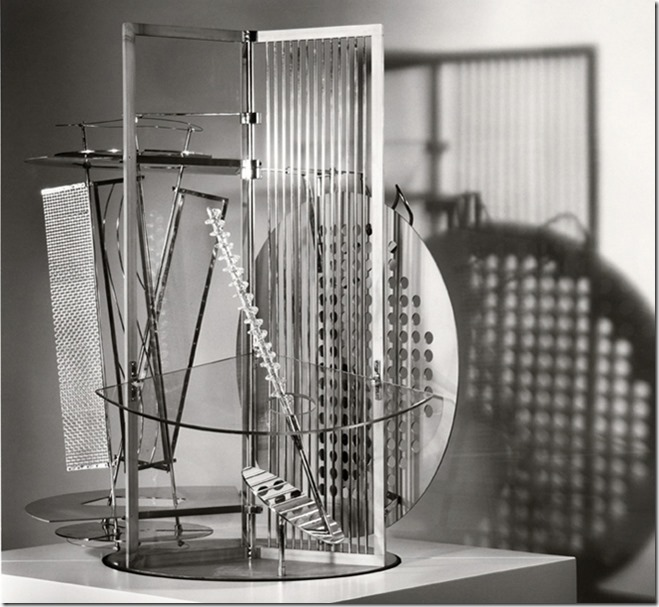 Moholy Nagy, space modulator