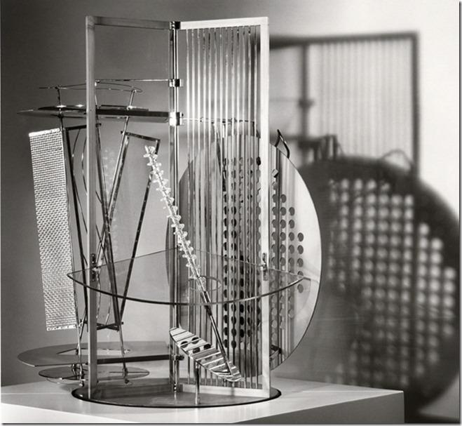 Moholy Nagy, space modulator