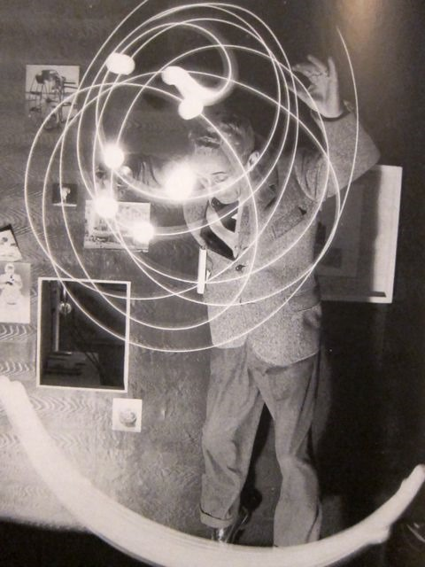 Bruno Munari, Drawing with light, 1950