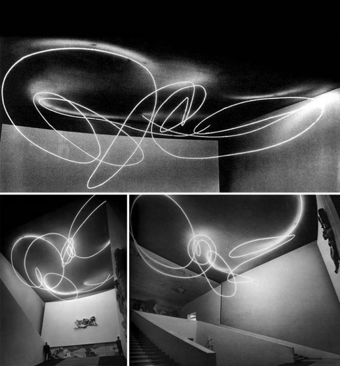 Lucio Fontana, Signe lumineux, 1951_2