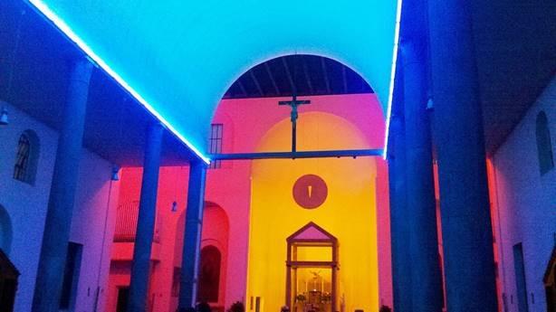 Dan Flavin, Intérieur de Santa Maria Annunciata à Chiesa Rossa