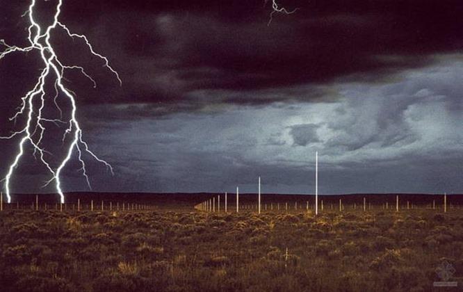 Walter De Maria, Lightning Field (1977)