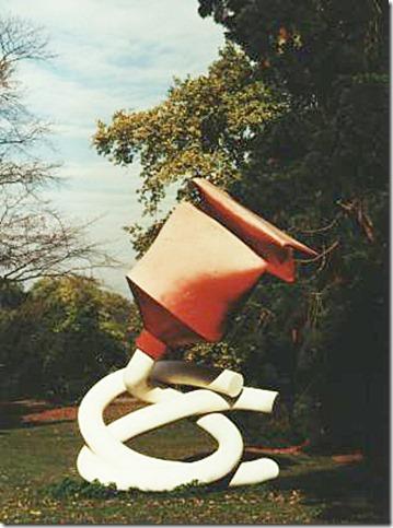 Claes Oldenbourg, tube